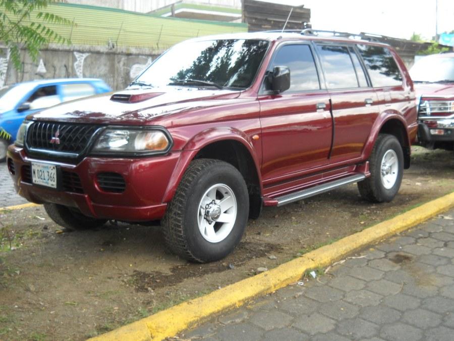 Compro Camioneta Mitsubishi Montero Mecnica 4 Cilindros
